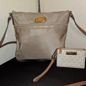 Michael Kors Kempton Crossbody Bag w/BONUS